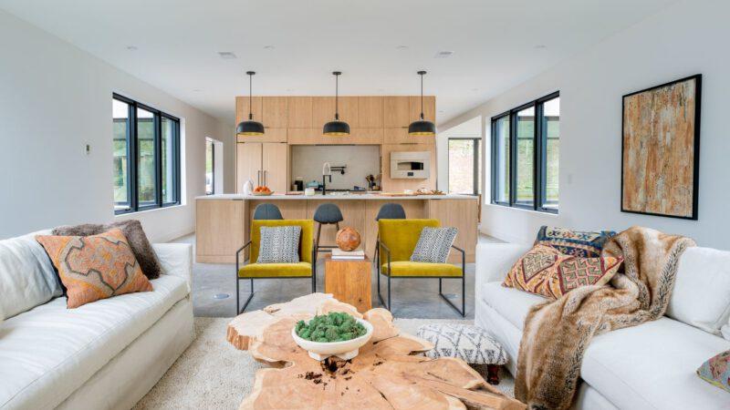 Interactive 3D Tour | 2021 Modern Barnhouse Idea House