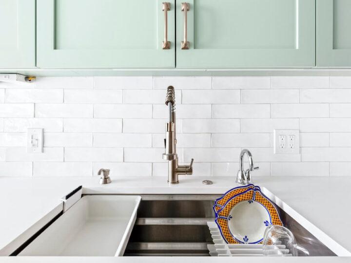 Best Materials for a Kitchen Backsplash Remodel